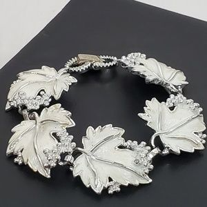 Vintage Sarah Coventry Leaf Bracelet Silver Enamel